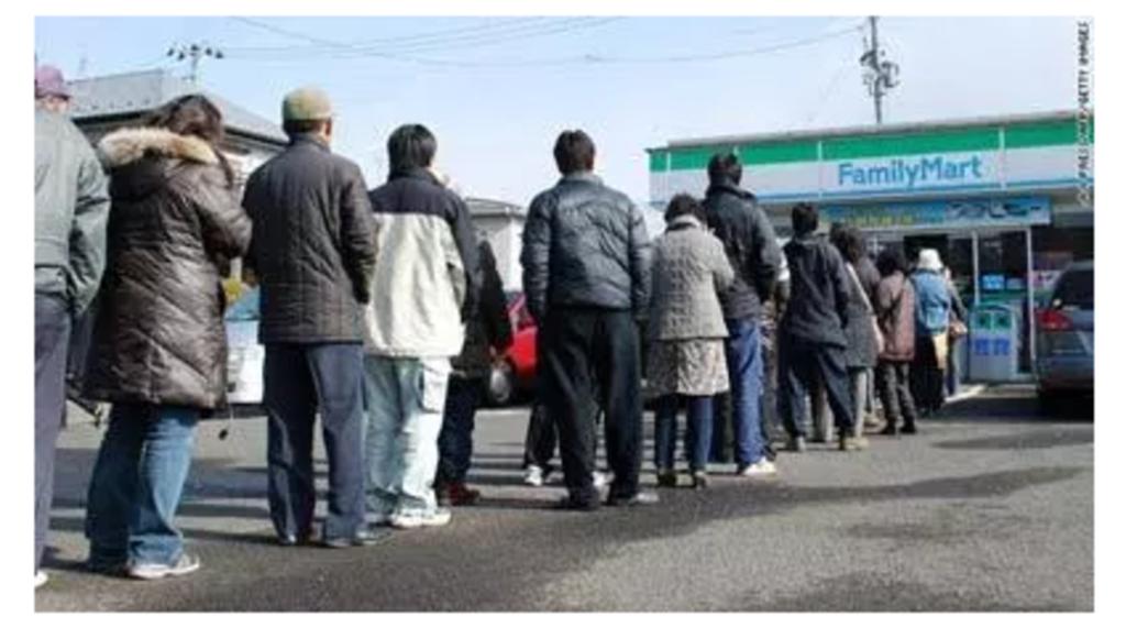 日本人の行列の並び方