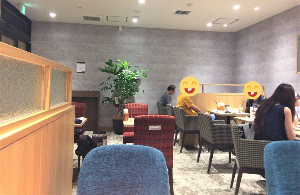 ルノアール吉祥寺北口店の店内 喫煙席の様子