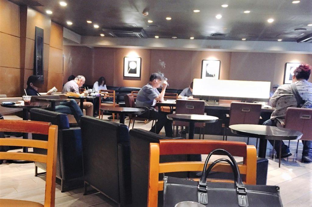 「エクセルシオールカフェ 吉祥寺サンロード店」3階の様子