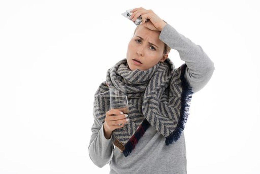口呼吸は風邪やインフルエンザの原因ともなる。