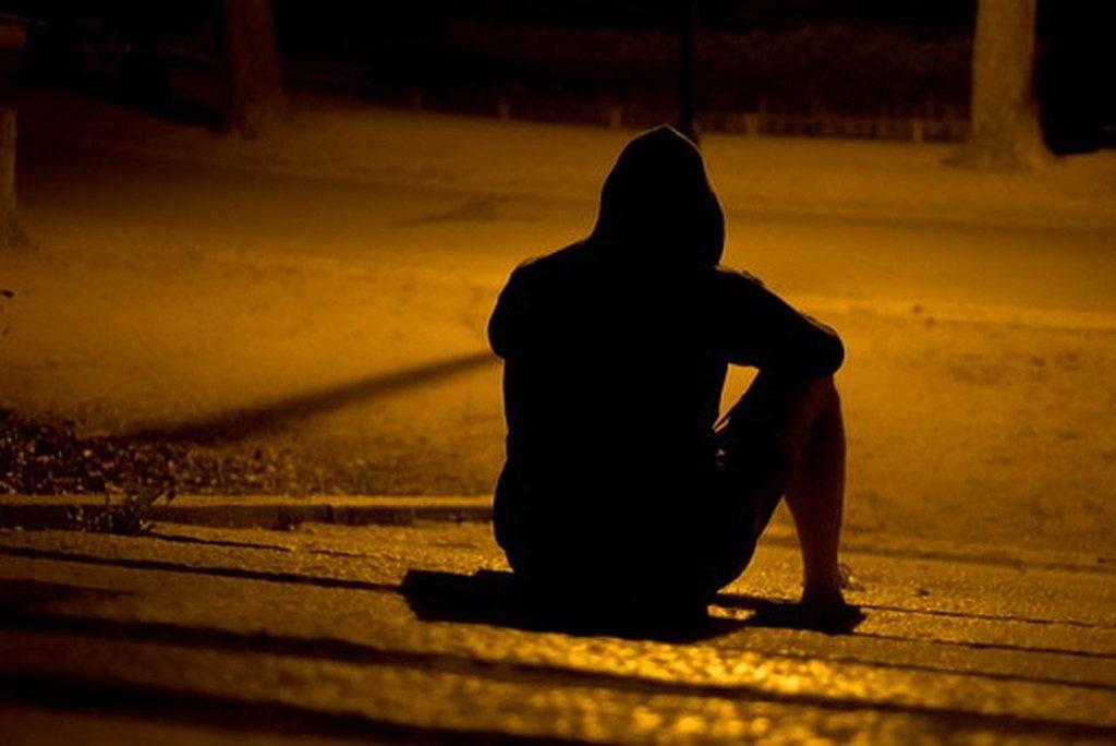馴れ馴れしい人は寂しがり屋