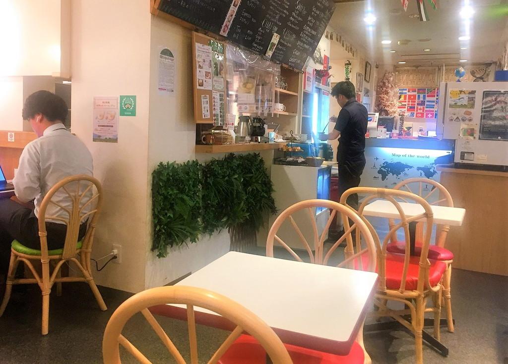 フロントに併設されているサクラカフェ
