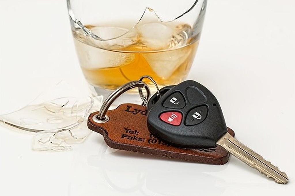 みんな飲酒運転をしていた